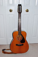 Yamaha FG-260 12 String Accoustic Guitar with Strap + Case