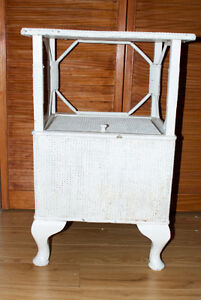 *NEW PRICE* WHITE PAINTED TABLE WITH COMPARTMENT