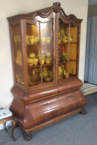 European Beechwood Cabinet with Amber Glass