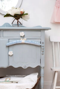 SMALL FRENCH BUFFET | DRESSER