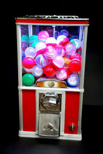 WANTED: NORTHERN BEAVER GUMBALL CAPSULE VENDING MACHINE