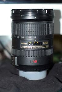 Nikon AF-S 18 - 200 3.5-5.6 zoom lens