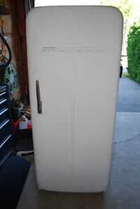Antique Fridge still works great, just put at the curb today.