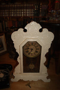 1890S ANTIQUE GINGERBREAD CLOCK BY WATERBURY CLOCK CO West Island Greater Montréal image 1