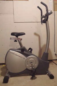 Vélo exerciseur LOUIS GARNEAU