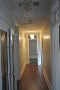 1 bedroom with Den in Hamilton downtown