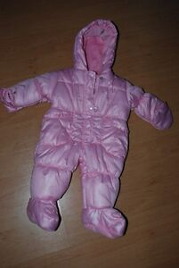 *NEW* PINK HEARTS ONESY BABY SNOWSUIT! ($35)