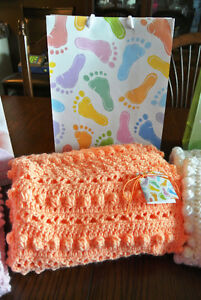 Beautiful Hand Croched Baby Blankets $25 Each Peterborough Peterborough Area image 2