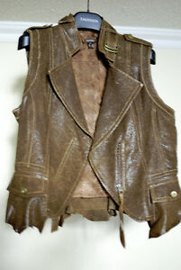 Genuine leather vest for women size S, new (Danier brand, no mor
