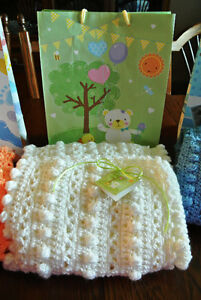 Beautiful Hand Croched Baby Blankets $25 Each Peterborough Peterborough Area image 4