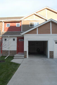 3 bedroom townhome for rent in panorama hills nw calgary