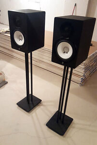 Yamaha HS8 Monitor Speaks w/ Stands