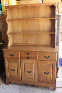 Solid 2 Piece Maple Buffet/Hutch