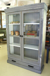 RUSTIC COUNTRY FARMHOUSE STYLE DISPLAY CABINET, BOOK SHELF