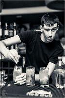 Bartender looking for weekend job