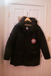 "Like New, Men's Large,  Black, ""Expedition"" Canada Goose Parka"