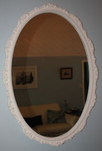 LOVELY SILVER DISTRESSED MIRROR