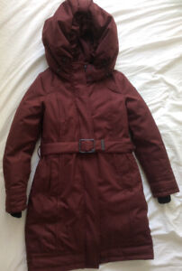 Nobis Astrid women's burgundy color  size small