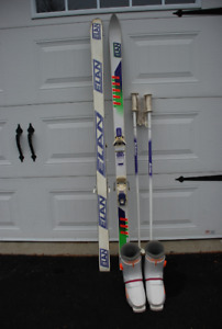 Downhill skis, boots and poles ladies size 7