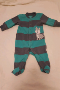 Carter Fleece Sleeper Size 3 Months In Excellent Condition
