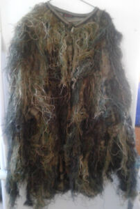 Ghillie suit and Leaf Camouflage suit
