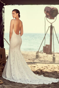 Stunning Wedding Dress - professionally cleaned and boxed