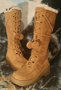Tall Leather Suede Mukluk Style Winter Boots Womens Sz 7.5