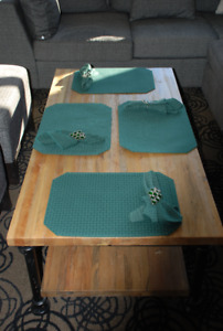 Table Linens Sets (tablecloths, placemats, napkins) + FREE GIFT