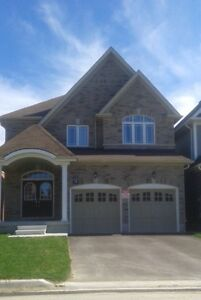 Rent Detached Executive house in Simcoe Landing ~ South Keswick
