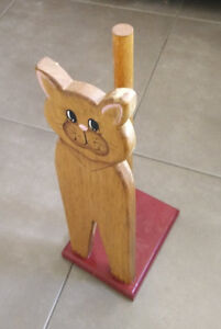 Cute wooden kitty cat toilet paper holder