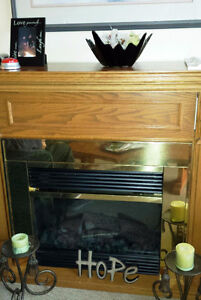 == Electric FIREPLACE Mantle == Warm !