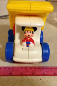 VINTAGE DISNEY MICKEY MOUSE DUMP TRUCK POPPER TOY