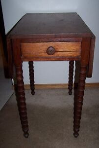 ANTIQUE FOLDING SIDES SOLID WOOD TABLE,GORGEOUS LEGS.