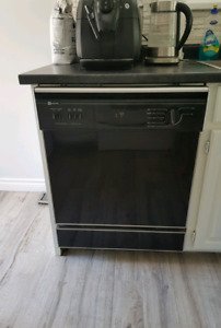 Dishwasher (Maytag)- perfect working condition & very clean!