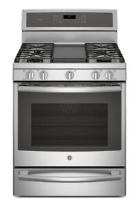 GE. Profile STOVE SELF-CLEAN GAS STAINLESS CONVECTION