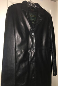 LEATHER COAT (WORN ONLY 2X) $499
