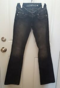 (2) pairs of Guess 23 Jeans