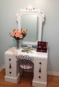 BEAUTIFUL VANITY...TAKE HOME AND ENJOY....SOLID WOOD