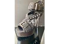 Burberry High platform Heel Stud Leather Heels Uk Size 5 Used