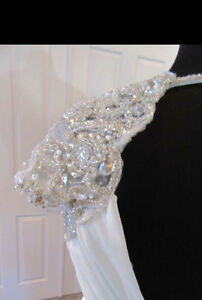 Maggie Sottero size 6- Gorgeous chiffon dress, super flattering