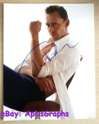 TOM HIDDLESTON.. Hot Handsome Hunk (11x14) SIGNED