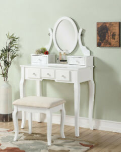 Roundhill Furniture Ashley Wood Make-Up Vanity Table And Sto