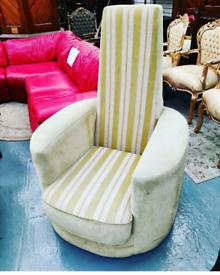 Retro Throne Chair
