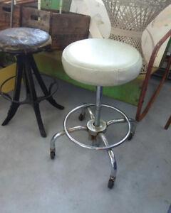 Great set of retro stools