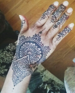 Mehndi / henna tattoo service for a low price!