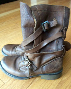 Steve Madden Leather Boots - Ladies Size 6