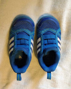 Adidas size 6 toddlers