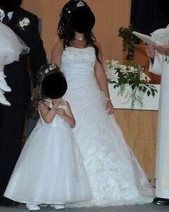 Robe de mariage avec crinoline et voile