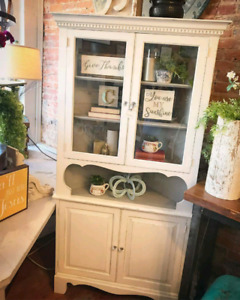Looking for corner hutch