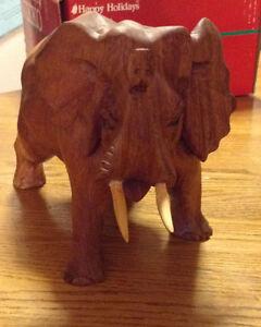 VOICI LA CHANCE DE VOUS PROCURER CET ELEPHANT EN BOIS SCULPTÉ Gatineau Ottawa / Gatineau Area image 6